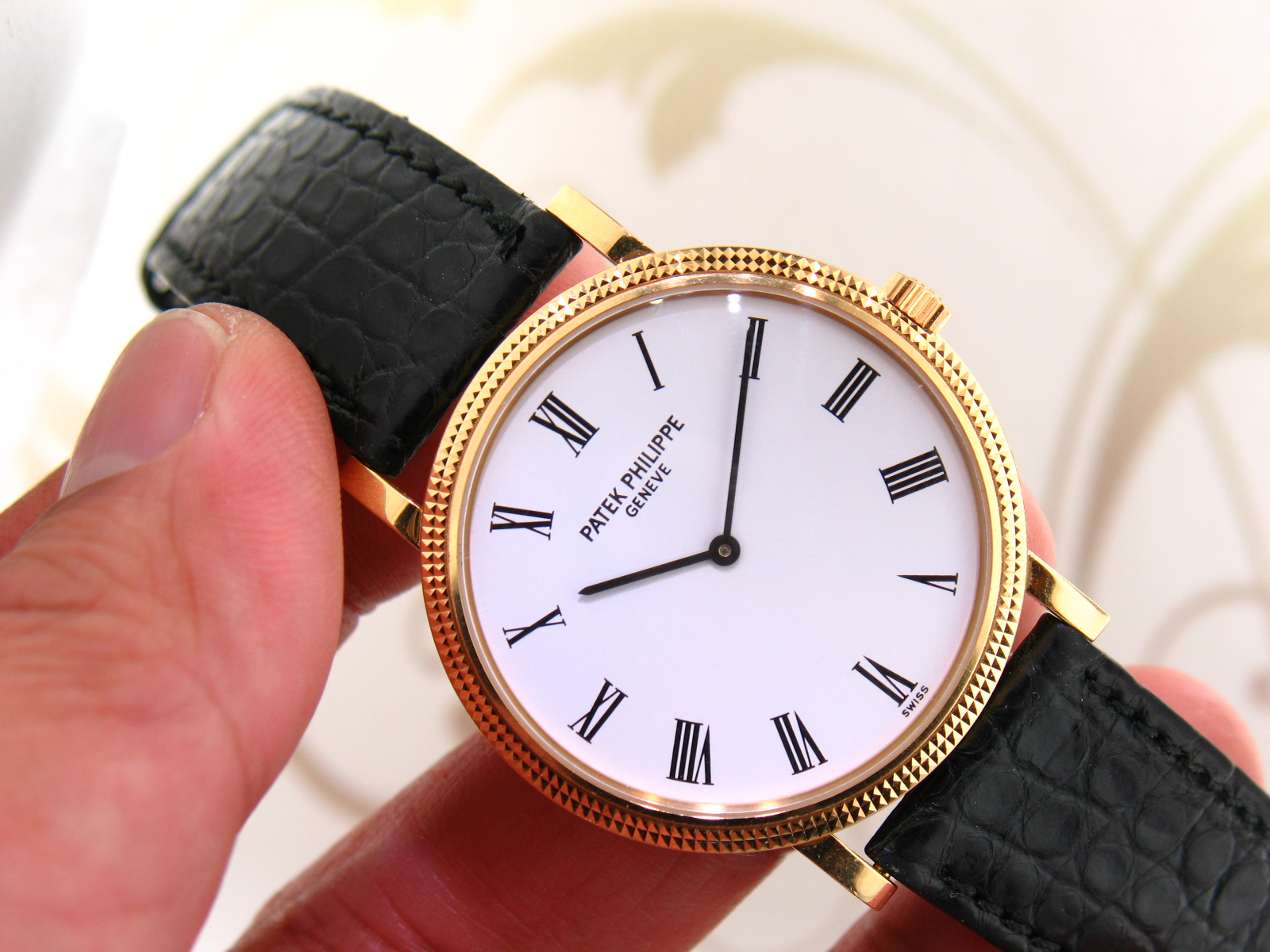 Patek Philippe 5120Y Calatrava, Yellow Gold - Click Image to Close